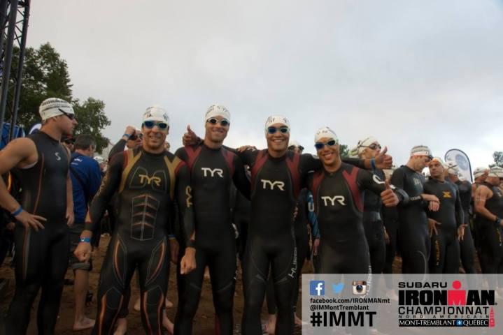 Une belle brochette d'athlète Merrell-Garneau au départ (de gauche à droite David Lacombe, Nicolas Courville, moi, et Jérôme Bresson, il manque Juliane Lacroix)